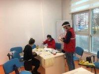Türkeli Gençlik Merkezi maske üretiyor