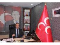 Başkan Karataş, Merhum Başbuğ Türkeş'in vefat yıl dönümü münasebetiyle mesaj yayınladı