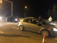 Ankara'da, İçişleri Bakanlığı tarafından yayımlanan genelge kapsamında şehre giriş ve çıkışlar durduruldu