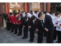 Çin'de hayatını kaybedenler için 3 dakikalık saygı duruşu