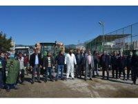 Kozanlı çiftçiler, ilçeyi traktörleri ile dezenfekte etti