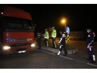 Balıkesir-İzmir sınırında geçişler sınırlandırıldı