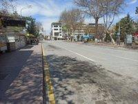 Malatya'da ana caddeler boş kaldı