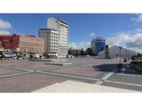 Diyarbakır'da cadde ve sokaklar boş kaldı