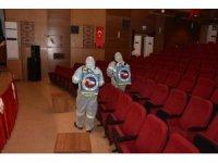 Ceyhan'da seçimin yapılacağı salon dezenfekte edildi