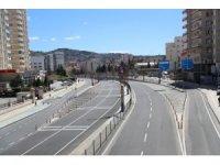 Mardin kurallara uydu, cadde ve sokaklar boş kaldı