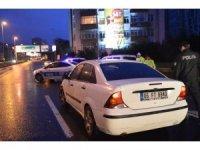 Dur ihtarına uymayan alkollü 3 kişi polis ekipleri tarafından yakalandı