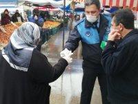 Körfez'de vatandaşlara 5 bin maske dağıtıldı