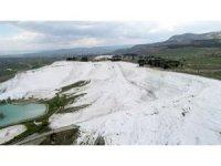 'Beyaz Cennet' Pamukkale bakın nasıl oluşmuş?