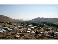 Çayırlı ilçesine bağlı Yeşilyaka köyü karantinaya alındı