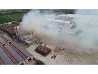 Fabrikadaki yangın 5 saat sonra kontrol altına alındı