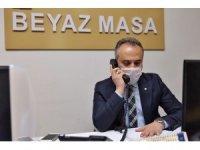 Çağrı merkezinde telefonların başına geçen Başkan Aktaş: