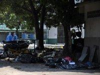 Ekvador'da koronavirüs nedeniyle hayatını kaybedenlerin cesetleri sokaklara bırakıldı