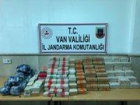 (Düzeltme) Van'da 216 kilo uyuşturucu ele geçirildi