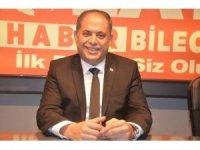Başkan Yaman, 1 maaşını 'Biz Bize Yeteriz Türkiyem' kampanyasın bağışladı