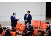 TBMM Genel Kurulu'nda milletvekilleri maske ile oturumda bulundular