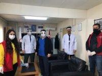 Çaldıran'da siperlik maske üretimi