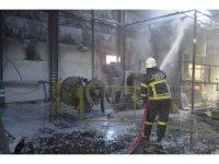 Merzifon'da fabrika yangını korkuttu