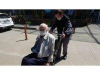 96 yaşında korona virüsü yendi