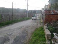 Bilecik Belediyesinden 14 günlük karantinaya alınan Aşağıköy'de ilaçlama çalışması