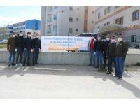 AK gençlerden sağlık çalışanlarına destek