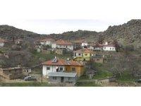 Kırşehir'de 80 dairenin olduğu 2 blok ve bir köyde karantina