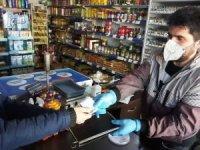 Din görevlisi mahalle halkının veresiye borcunu ödedi