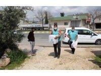Eyyübiye'de gıda ve hijyen paketi dağıtımı
