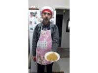 Emekli öğretmenden 16 çeşit gıda malzemesi ile 'Korona savar atom çorbası'