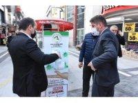 Düzce Belediyesi, sokaklara el dezenfektanları koydu