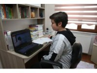 Eyüpsultanlı öğrenciler, online deneme sınavına girecek
