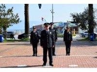Polis haftasına sessiz kutlama