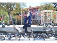 Salgında güvercinleri unutmadı