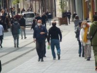 Taksim Meydanı ve İstiklal Caddesi'nde maske zorunluluğu getirildi