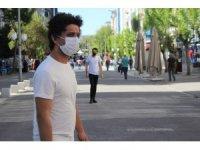 Uşaklı vatandaşlar 'maske yasağını' olumlu karşıladı
