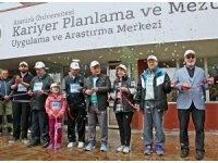 Atatürk Üniversitesi mezunlarıyla iletişimini güçlendiriyor