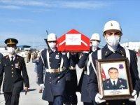 Kars'ta şehit olan Bölük Komutanı Yüzbaşı Ferhat Çiftçi için tören
