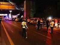 Ankara'da polis uygulama noktasında durmayan alkollü sürücü kazaya neden oldu: 6'sı polis, 7 kişi yaralandı