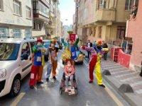 Esenler'de çocuklara bayram eğlencesi