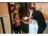 Isparta'da Vefa Destek Grubu'ndan 7 yaşına giren küçük kıza doğum günü sürprizi