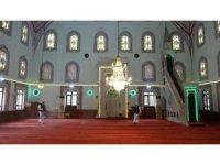 Ataşehir'de camilerde dezenfeksiyon ve temizlik seferberliği