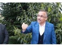 """Rize Valisi Kemal Çeber: """"İl dışından gelen 4 bin 500 kişiye yaptığımız test sonucunda 10 kişinin sonuçları pozitif çıktı"""""""