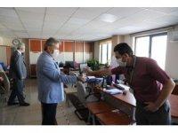 Başkan Palancıoğlu, ilk mesai gününde personeli ile bayramlaştı
