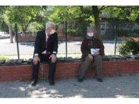 Belediye Başkanı Yüksel, 65 yaş ve üstü vatandaşlarla bayramlaştı