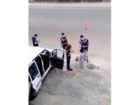 Batmanlı çocuklardan polis ekiplerine bayram şekeri