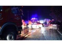 İzmir'de feci kaza: 1'i ağır 3 yaralı