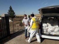 Karantinadaki ailelere gıda ve maske dağıtıldı