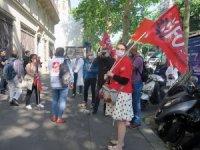 Fransa'da hemşire ve hasta bakıcılardan hükümet karşıtı protesto