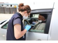Polis vatandaşları maske ve sosyal mesafe kuralı konusunda uyardı