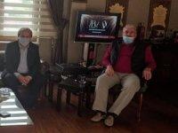 Başkan Şahin'den eski Gençlik ve Spordan Sorumlu Devlet Bakanı Şeker'e ziyaret